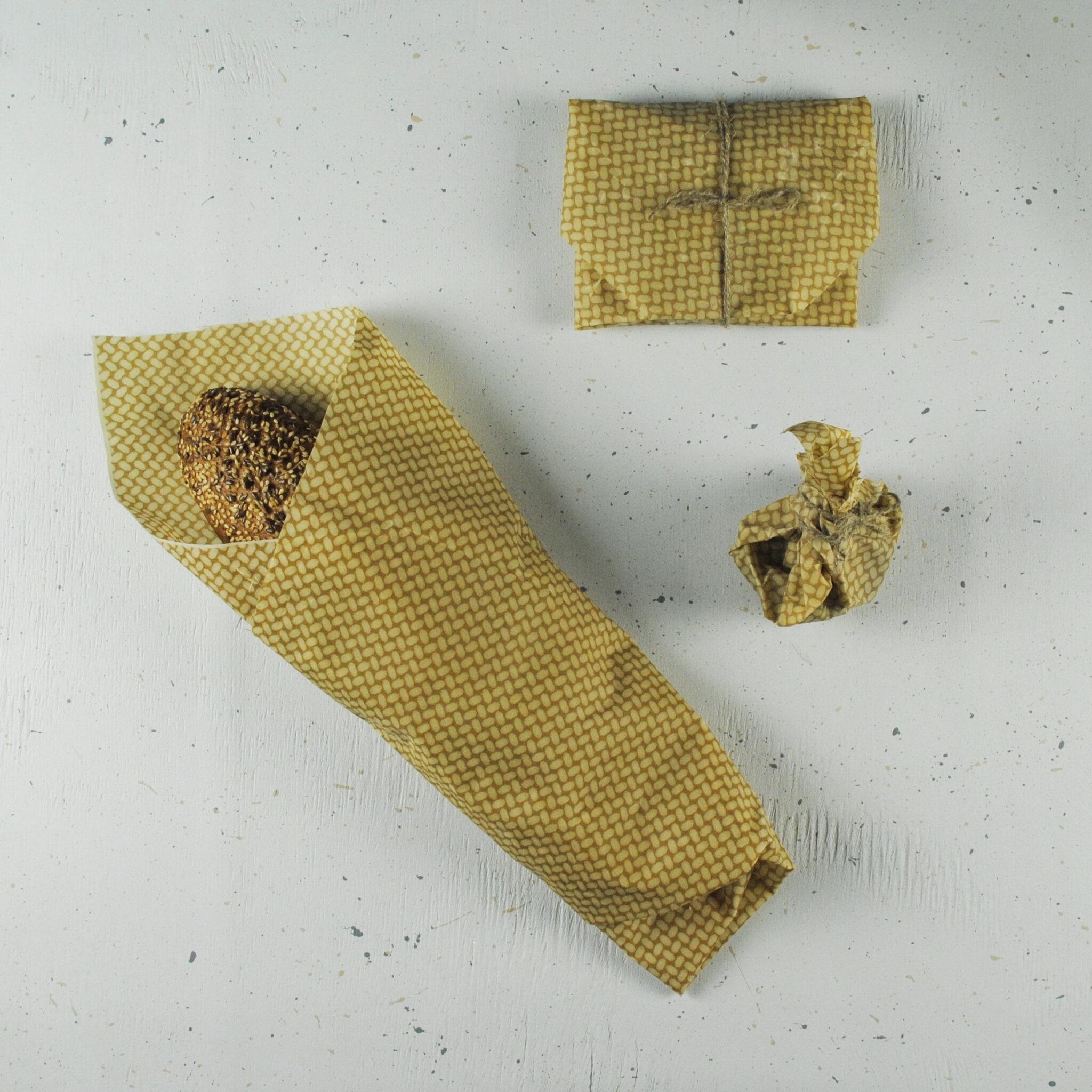 Хлеб в восковой салфетке